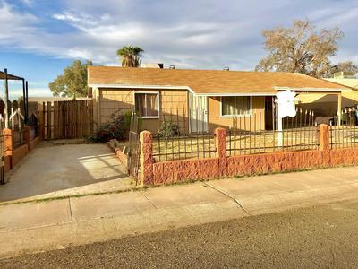 8114 W HAZELWOOD ST, Phoenix, AZ 85033 - Photo 2