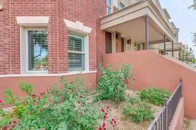569 S ROOSEVELT ST, Tempe, AZ 85281 - Photo 2