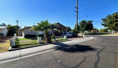 3847 W SELDON LN, Phoenix, AZ 85051 - Photo 2