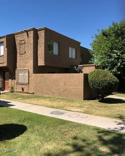 6714 W DEVONSHIRE AVE, Phoenix, AZ 85033 - Photo 1
