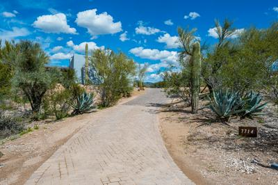 7714 E PRIMROSE PATH, CAREFREE, AZ 85377 - Photo 1