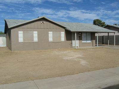 6410 W VERDE LN, Phoenix, AZ 85033 - Photo 2