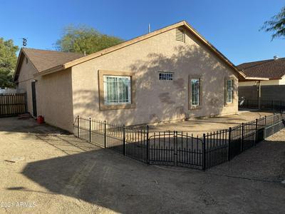 3118 N 68TH LN, Phoenix, AZ 85033 - Photo 2