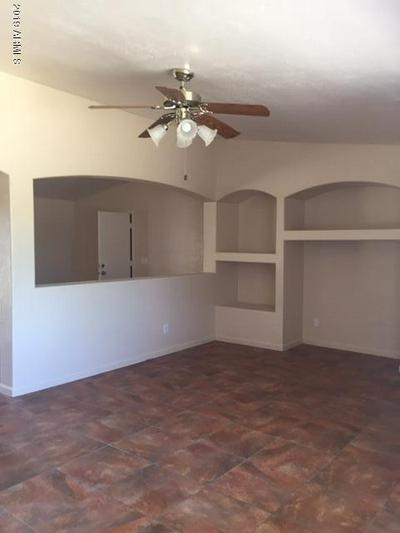 6815 W VERDE LN, Phoenix, AZ 85033 - Photo 2