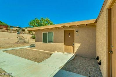 1521 E SUNNYSIDE DR, Phoenix, AZ 85020 - Photo 2