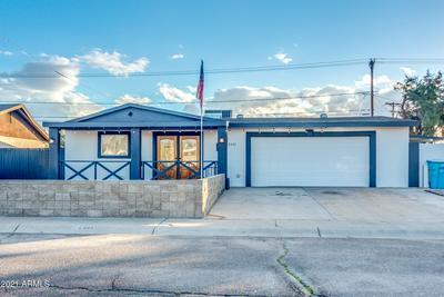 6241 W CLARENDON AVE, Phoenix, AZ 85033 - Photo 1