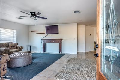 6241 W CLARENDON AVE, Phoenix, AZ 85033 - Photo 2