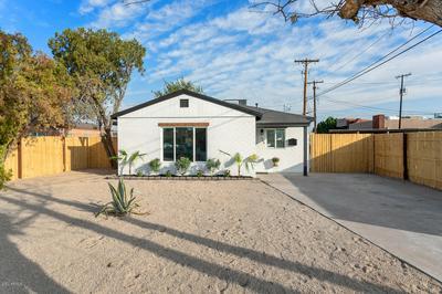 386 E WELDON AVE, Phoenix, AZ 85012 - Photo 2