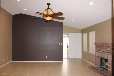 3048 E SIESTA LN, Phoenix, AZ 85050 - Photo 2