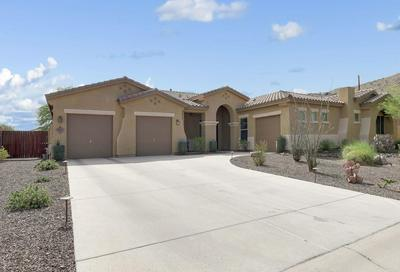 8017 S 32ND TER, Phoenix, AZ 85042 - Photo 1