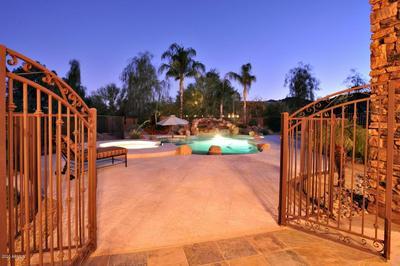 7610 N MOCKINGBIRD LN, Paradise Valley, AZ 85253 - Photo 2