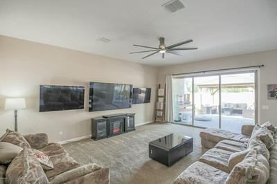 7466 W BETTY ELYSE LN, Peoria, AZ 85382 - Photo 2
