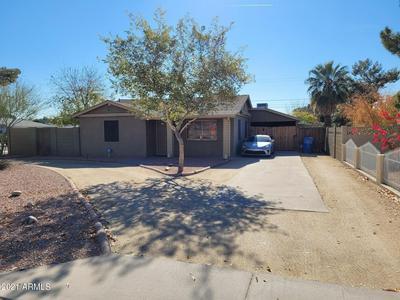 2443 E EARLL DR, Phoenix, AZ 85016 - Photo 2