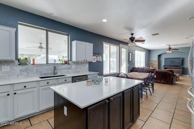 11329 W COTTONWOOD LN, Avondale, AZ 85392 - Photo 2