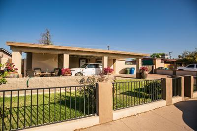 7536 W MITCHELL DR, Phoenix, AZ 85033 - Photo 2