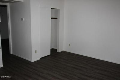 9230 N 6TH ST APT 5, Phoenix, AZ 85020 - Photo 2