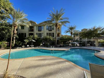 7291 N SCOTTSDALE RD UNIT 1004, Paradise Valley, AZ 85253 - Photo 1