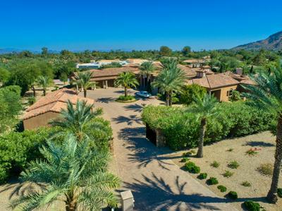 8923 N MARTINGALE RD, Paradise Valley, AZ 85253 - Photo 2