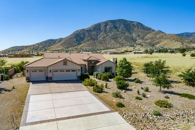 6563 E SADDLEHORN CIR, Hereford, AZ 85615 - Photo 1