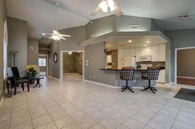 4202 E BROADWAY RD UNIT 182, Mesa, AZ 85206 - Photo 2
