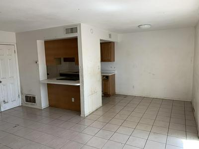 600 S DOBSON RD UNIT 107, Mesa, AZ 85202 - Photo 2