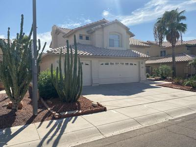 6121 W SAGUARO PARK LN, Glendale, AZ 85310 - Photo 1