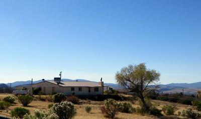 8165 W CLARIDGE LN, Kirkland, AZ 86332 - Photo 1