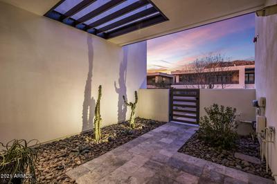 5539 E ARROYO VERDE DR # 108, Paradise Valley, AZ 85253 - Photo 2