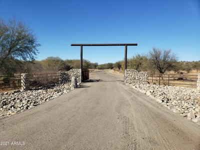 00 GRANTHAM HILLS TRAIL 8F -- # 8F, Wickenburg, AZ 85390 - Photo 2