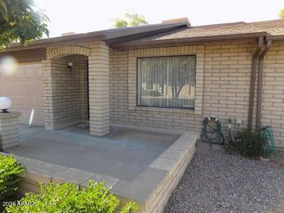 520 S GREENFIELD RD UNIT 17, Mesa, AZ 85206 - Photo 1