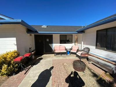 20121 MESA DR, Tehachapi, CA 93561 - Photo 2