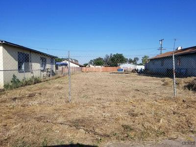 325 GLENWOOD ST, Delano, CA 93215 - Photo 1