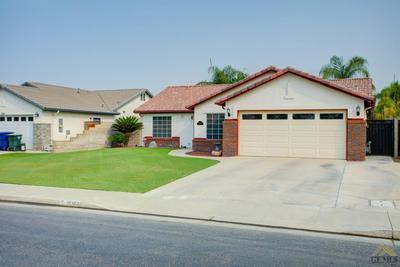 12302 MAUNA LOA AVE, Bakersfield, CA 93312 - Photo 2