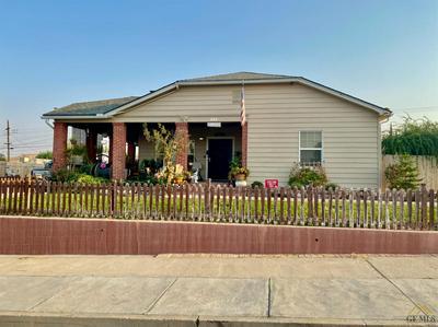 335 D ST, Taft, CA 93268 - Photo 2
