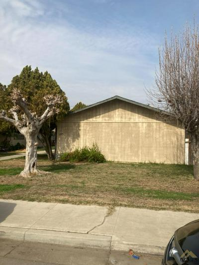 132 W ASH AVE, Shafter, CA 93263 - Photo 2