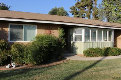30100 ORANGE ST, Shafter, CA 93263 - Photo 1
