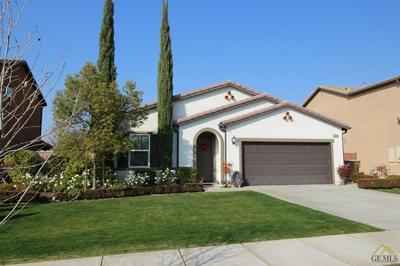 10304 RIATA LN, Bakersfield, CA 93306 - Photo 2