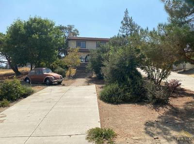 21304 CARRIAGE DR, Tehachapi, CA 93561 - Photo 2