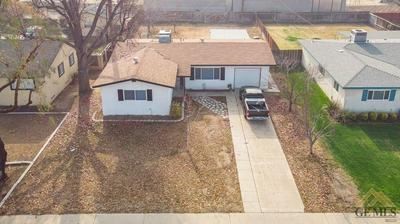 584 MINTER AVE, Shafter, CA 93263 - Photo 1