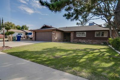 3307 CANDLEWOOD DR, Bakersfield, CA 93306 - Photo 2