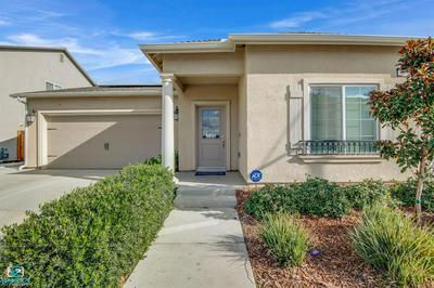 3712 SHADY VILLAGE LN, Shafter, CA 93263 - Photo 1