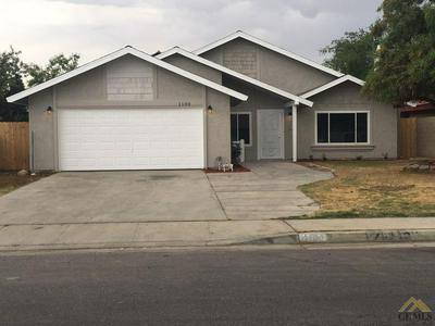 1100 ONEILL AVE, Bakersfield, CA 93307 - Photo 1
