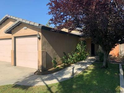 4005 PESCARA ST, Bakersfield, CA 93308 - Photo 2
