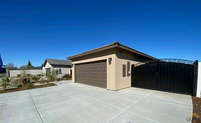 3818 ZAMORA ST, Bakersfield, CA 93306 - Photo 2