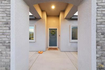 4117 SIERRA MADRE AVE, Bakersfield, CA 93313 - Photo 2