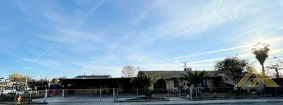 8309 PARADISE RD, Lamont, CA 93241 - Photo 1