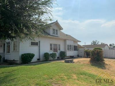 131 N ST, Bakersfield, CA 93304 - Photo 2