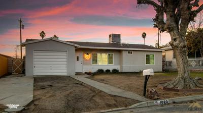 1020 TANGERINE ST, Bakersfield, CA 93306 - Photo 1