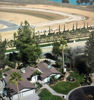12148 PONY EXPRESS LN, Bakersfield, CA 93306 - Photo 2