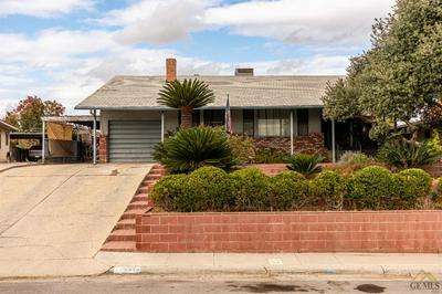 2450 CORTO ST, Bakersfield, CA 93306 - Photo 2
